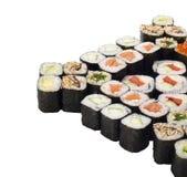 Conjunto del rodillo del sushi aislado en blanco Imagen de archivo