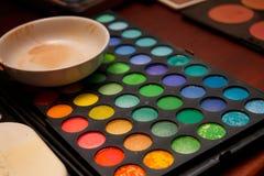 Conjunto profesional del cosmético del artista de maquillaje Foto de archivo libre de regalías