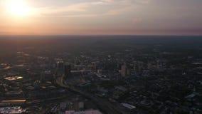 Connecticut New Haven la puesta del sol aérea 4K de julio de 2017 inspira 2 almacen de video