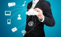 Connectiv da tecnologia de rede da computação da nuvem do desenho do homem de negócios Imagem de Stock Royalty Free