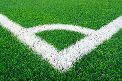 Conner d'herbe de terrain de football Image libre de droits