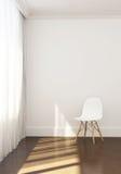 Conner, sedia e luce solare comodi nella mattina di rilassamento Fotografie Stock Libere da Diritti