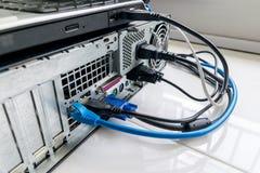 Connettività del taccuino e del PC fotografia stock