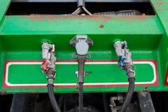Connexion électrique au camion de remorque de véhicule photographie stock libre de droits