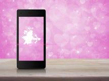 Connexion en ligne d'amour d'Internet, concept de jour de valentines Photographie stock libre de droits