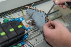 Connexions électriques - relais, plan rapproché image libre de droits