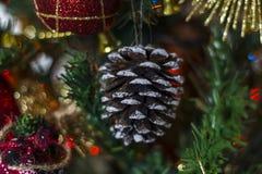 Cono decorativo de la Navidad imágenes de archivo libres de regalías