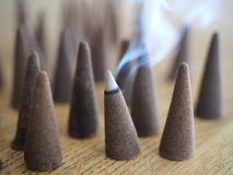 Cono di fumo di incenso Immagine Stock Libera da Diritti