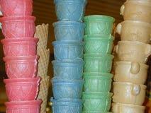 Conos de helado coloridos Fotos de archivo libres de regalías
