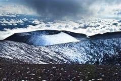 Conos de la escoria de Mauna Kea Foto de archivo libre de regalías