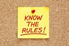Conosca la nota appiccicosa delle regole Fotografia Stock
