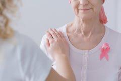 Conscience entre générations de cancer du sein Images stock