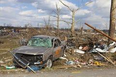 Consecuencias en Henryville, Indiana del tornado Imagen de archivo