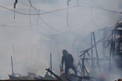 Consecuencias residenciales de los fuegos Fotografía de archivo libre de regalías
