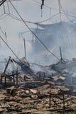 Consecuencias residenciales de los fuegos Fotos de archivo libres de regalías