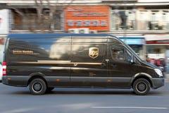 Consegna di UPS Fotografia Stock Libera da Diritti