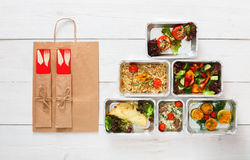 Consegna sana dell'alimento, pasti quotidiani vista superiore, spazio della copia Fotografia Stock Libera da Diritti