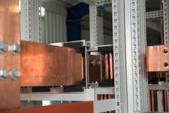 Conseil électrique de puissance élevée avec les barres de cuivre Image stock