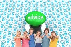 Conseil contre le bouton poussoir vert digitalement produit Image libre de droits