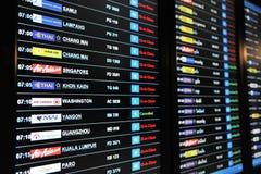 Conseil de départs d'aéroport Photographie stock libre de droits