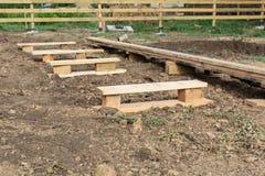 Conseils en bois et planches image stock