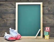 Consejo escolar y palabra ABC Imágenes de archivo libres de regalías
