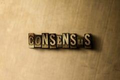 CONSENSUS - close-up van grungy wijnoogst gezet woord op metaalachtergrond vector illustratie