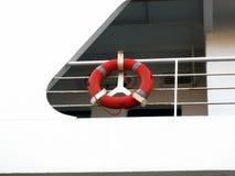 Conservante de vida em um ferryboat fotografia de stock royalty free
