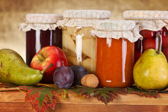 Conservas da fruta Fotografia de Stock