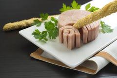 Conserve de thon en gros plan Photo stock
