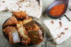 Conserves au vinaigre coupées en tranches - des conserves au vinaigre indiennes image stock