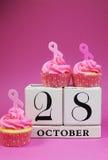 Conservi la data per il giorno rosa del nastro - verticale. Fotografie Stock