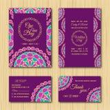 Conservi la tavolozza di porpora dell'invito di nozze delle carte di RSVP e della data royalty illustrazione gratis