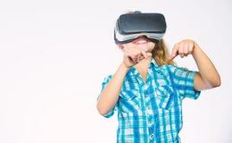 Consiga la experiencia virtual Concepto de la realidad virtual El niño explora realidad virtual de la tecnología moderna Niño lin foto de archivo libre de regalías