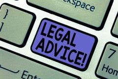 Consiglio legale di scrittura del testo della scrittura Concetto che significa le raccomandazioni date dalla chiave esperta di ta fotografia stock