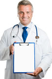 Consiglio sorridente del medico fotografie stock