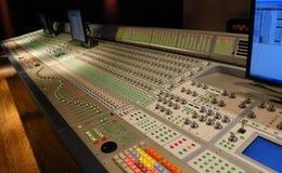 Consola de mezcla audio Foto de archivo libre de regalías