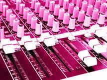 Consola de mezcla, color de rosa caliente Foto de archivo libre de regalías
