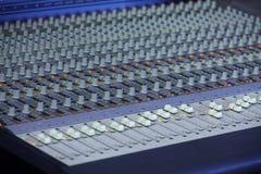 Consola de mezcla de la música Imágenes de archivo libres de regalías