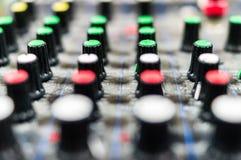 Consola de mezcla DJ fotos de archivo