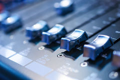 Consola de mezcla Mezclador de sonidos fotos de archivo
