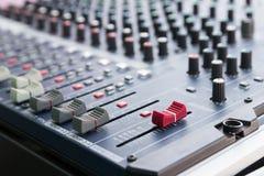 Consola del mezclador de sonidos Fotografía de archivo