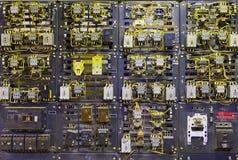 Console de controle elétrico no vault do transformador imagens de stock