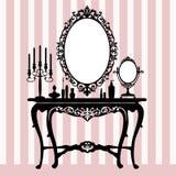 Console de pingamento retro, candelabros e espelho Fotografia de Stock Royalty Free