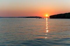 Console de Russky, mar de japão no por do sol colorido Imagens de Stock Royalty Free