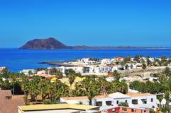 Console e Corralejo de Lobos em Fuerteventura, Spain imagens de stock