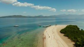 Console tropical com praia arenosa Palawan, Filipinas vídeos de arquivo