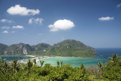 Consoles tropicais dos feriados exóticos da praia de Tailândia imagem de stock royalty free