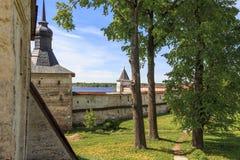 Consolidación protectora del monasterio de Kirillo-Belozersky Fotografía de archivo