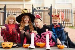 Consommation des festins de Halloween Images stock